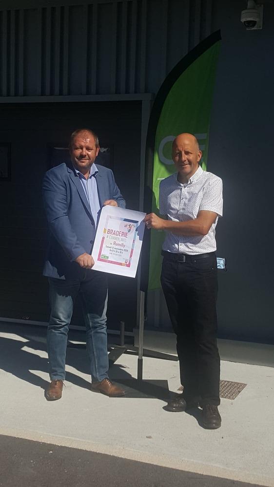 Christian Bochard, vice-président du CAE et Pierre Denier, directeur du CAE présentent l'affiche de l'édition 2020.