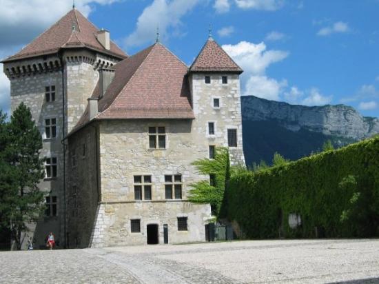 Histoire château d'Annecy