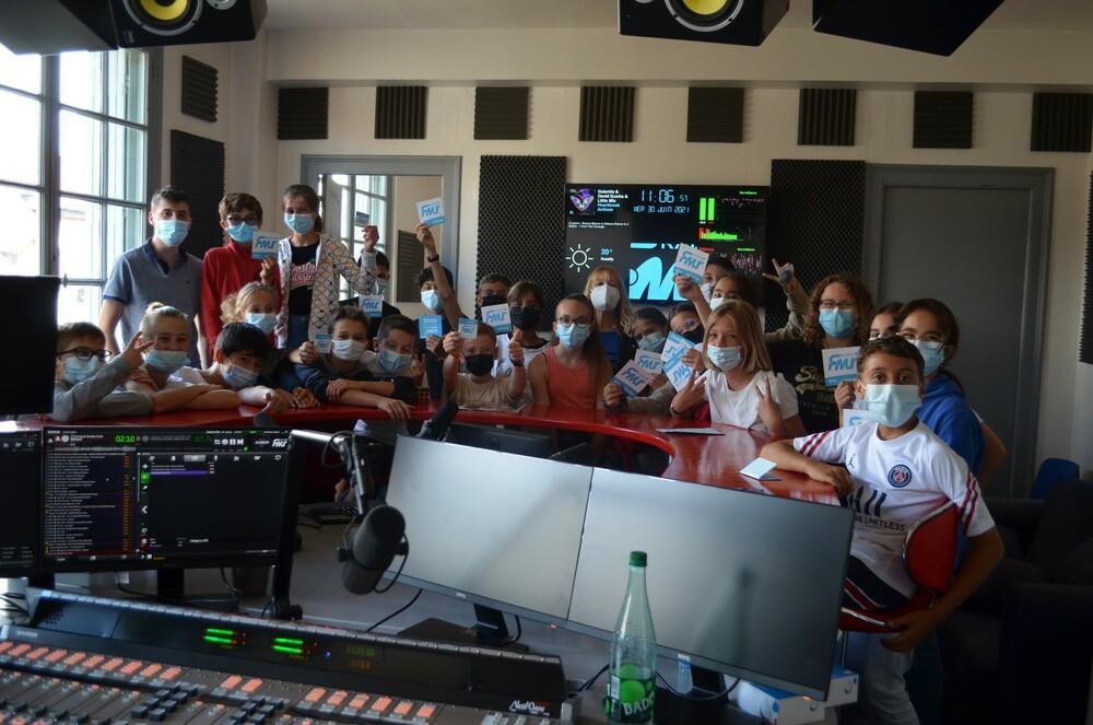 Visite Radio FMR